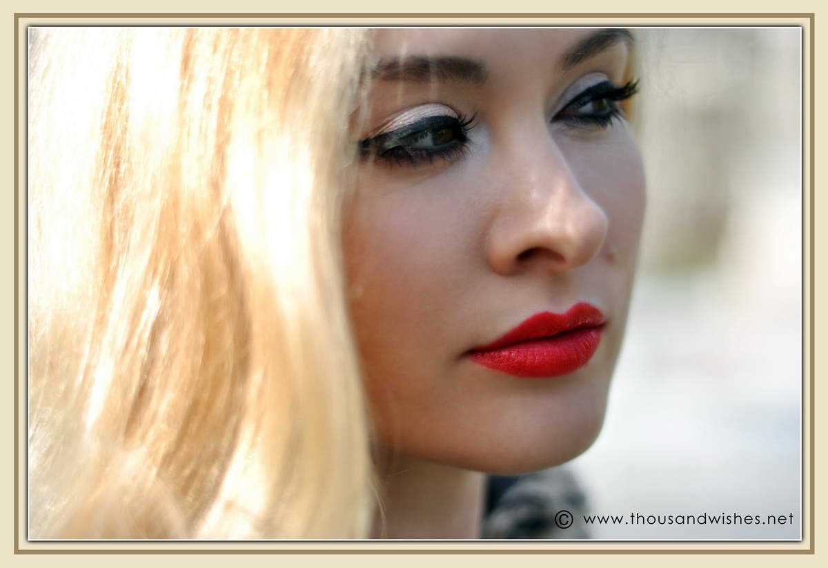 04_blonde_red_lips