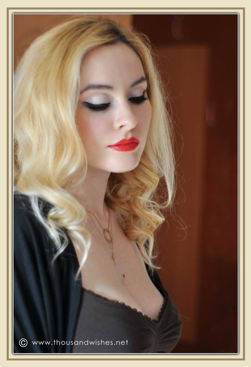 07_red_lips_cateye