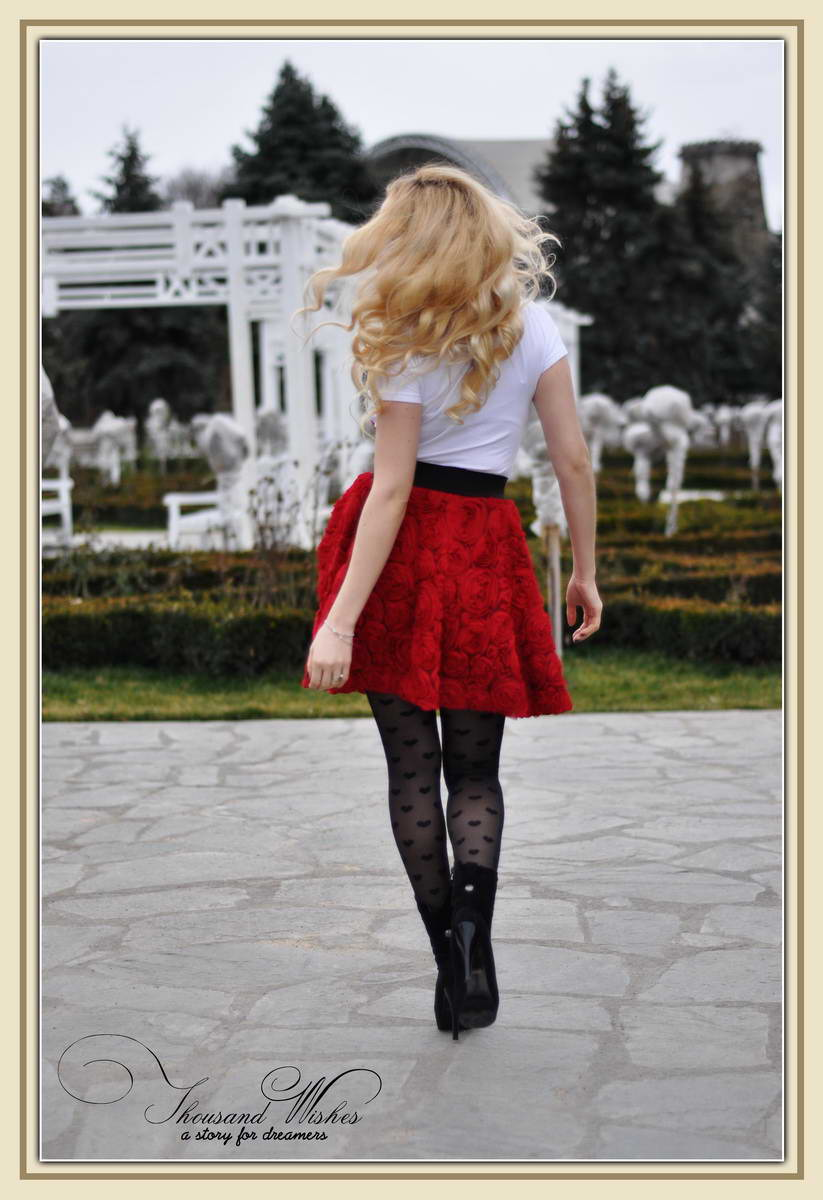 08_c_chicwish_red_bonnie_rose_skirt