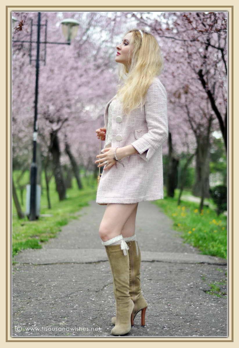 02_spring_timisoara_pink_shorts_lace_shirt