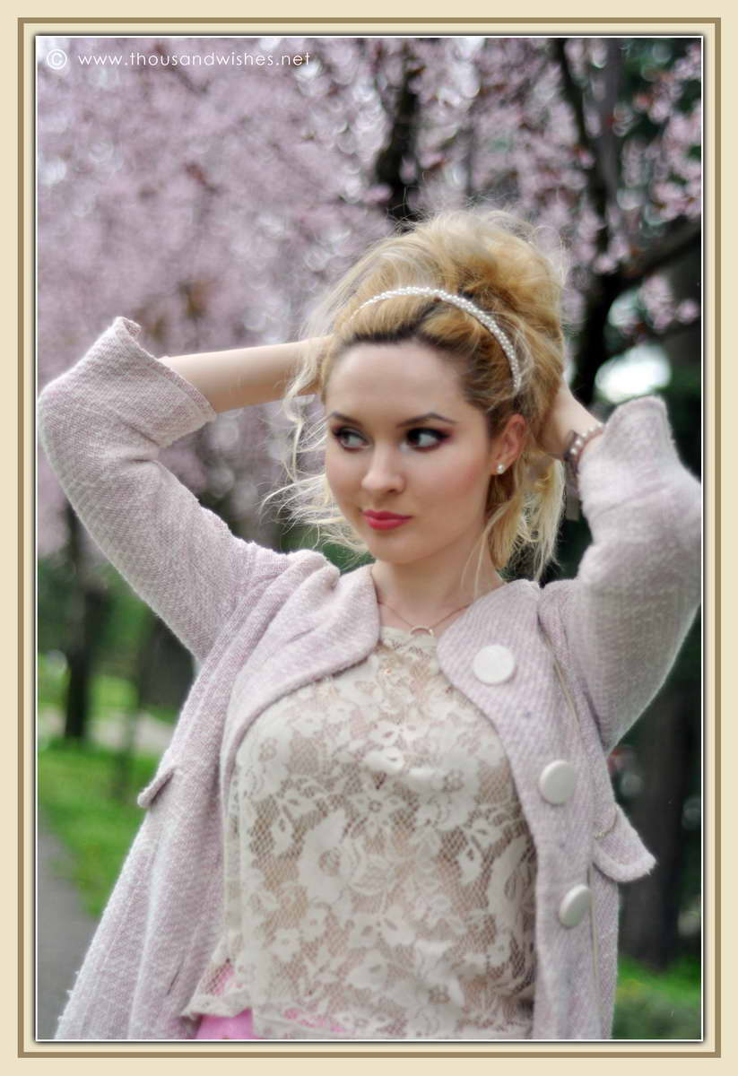 03_spring_timisoara_pink_shorts_lace_shirt