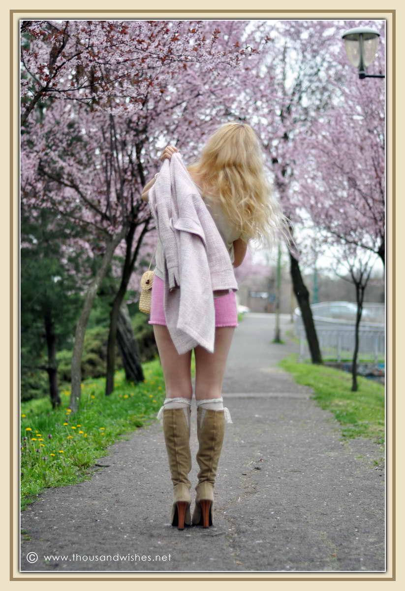 04_spring_timisoara_pink_shorts_lace_shirt