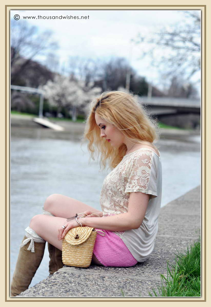 09_spring_timisoara_pink_shorts_lace_shirt