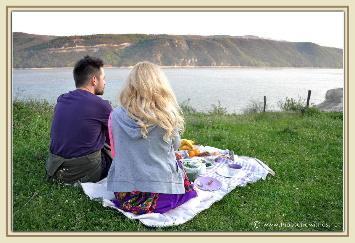 12_danub_river_picnic