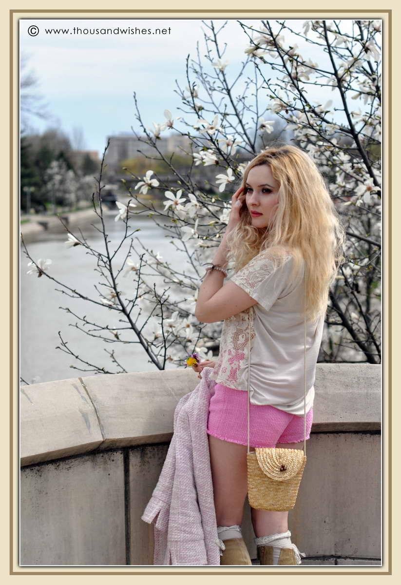 16_spring_timisoara_pink_shorts_lace_shirt