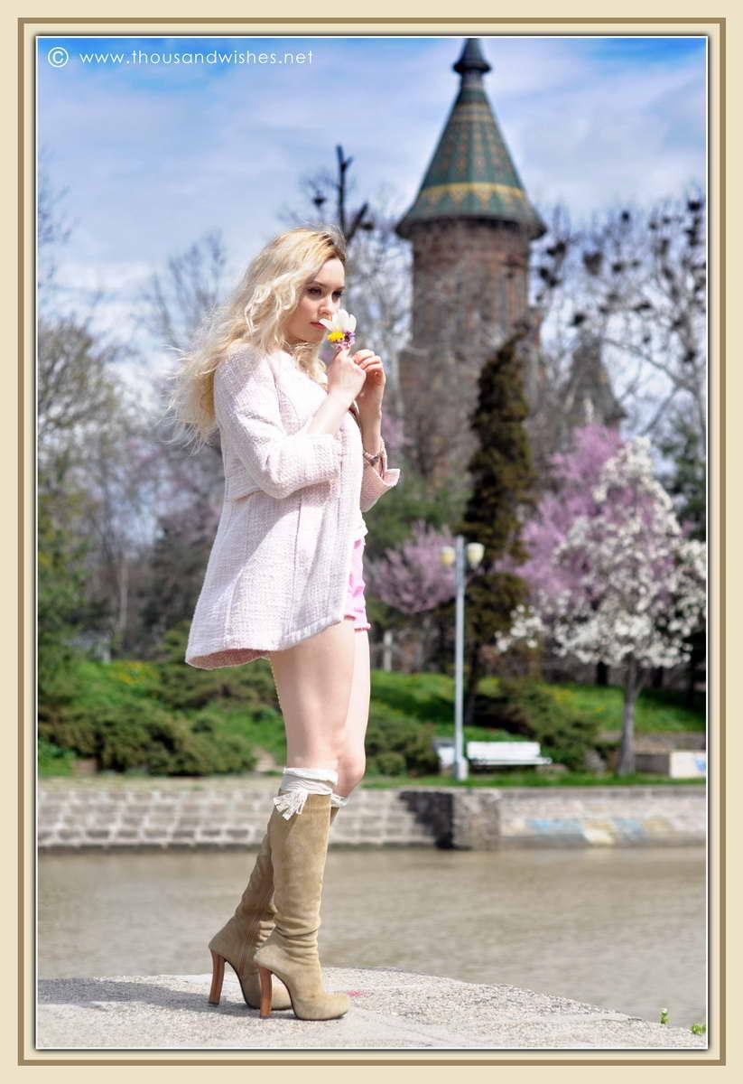 17_spring_timisoara_pink_shorts_lace_shirt
