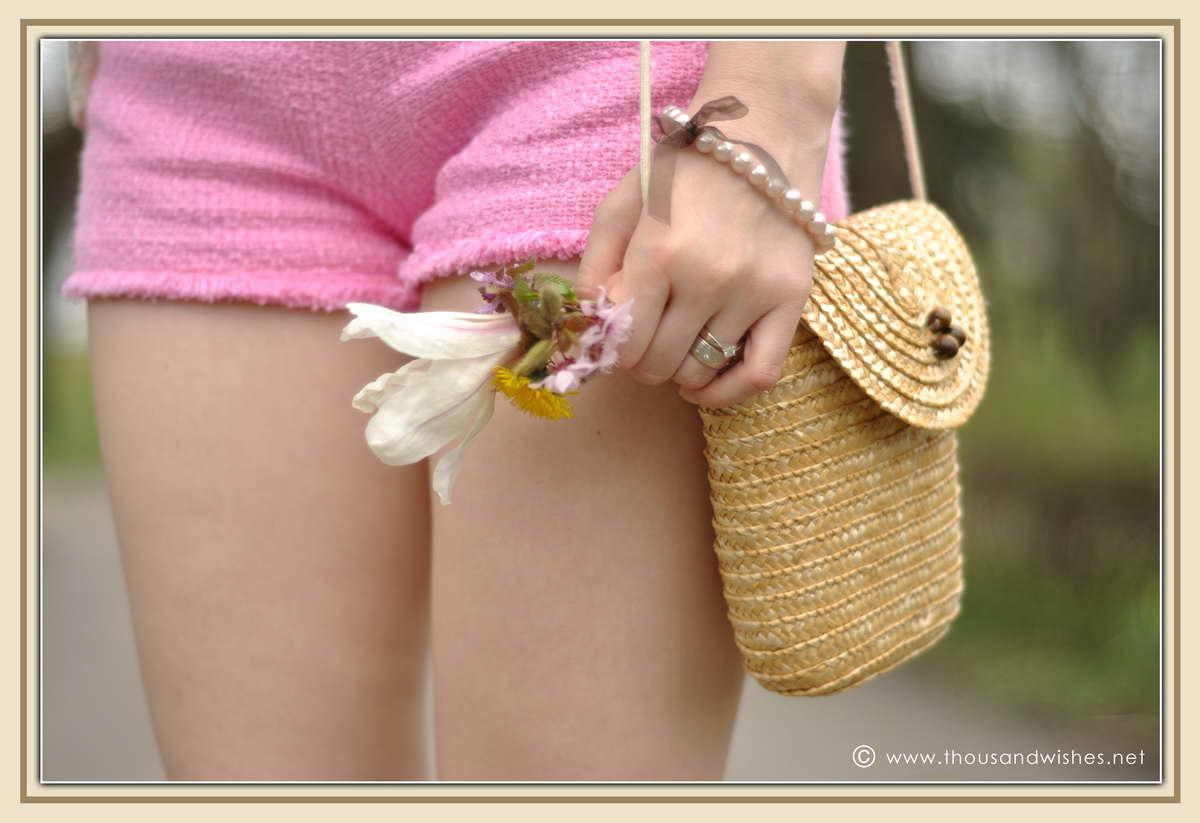 18_spring_timisoara_pink_shorts_lace_shirt