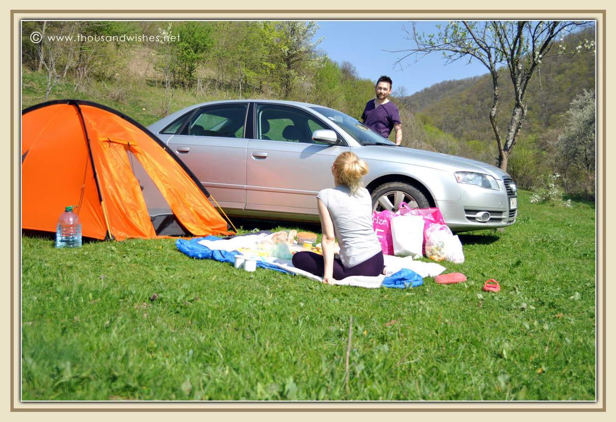01_cazanele_mari_dubova_romania_camping_picnic