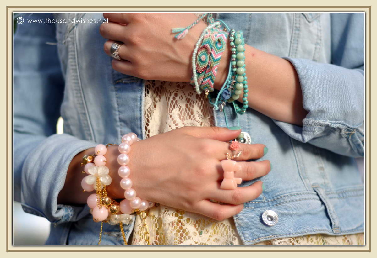 28_pink_blue_accessories