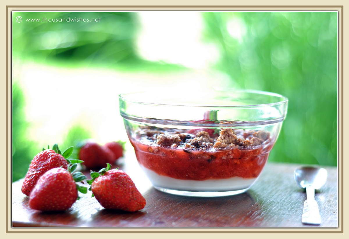 01_strawberries_coconut_pudding_granola