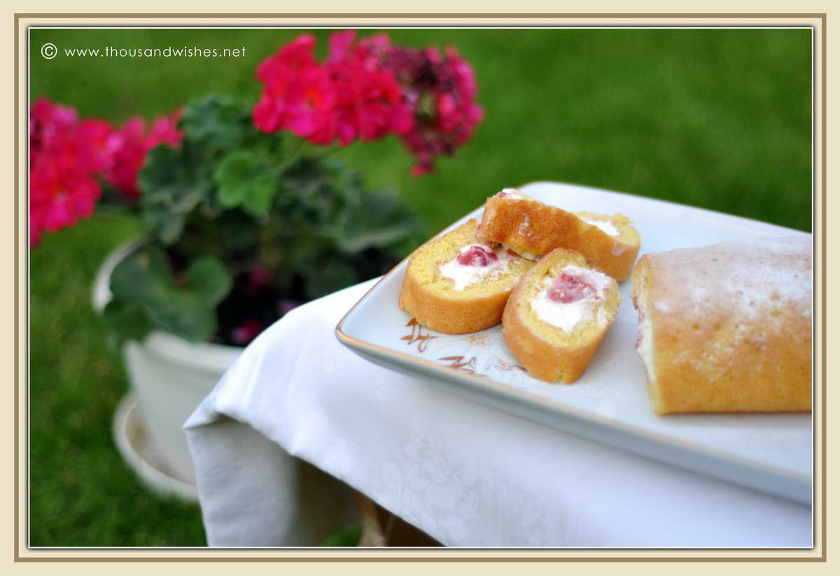 03_strawberry_banana_cheese_cream_torte_vanilla_roll