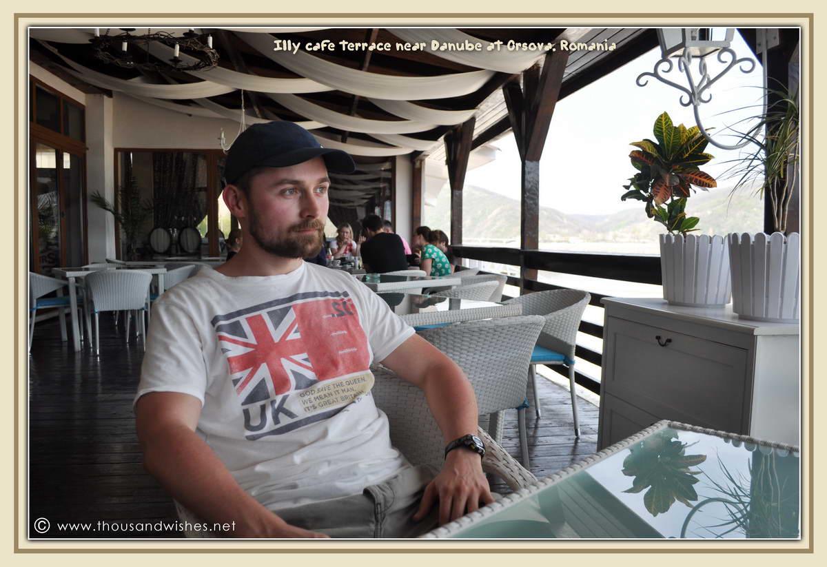 08_illy_cafe_terrace_danube_orsova_romania