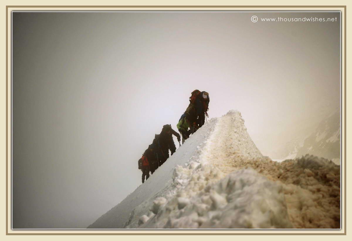 15_alpinists_aiguille_du_midi