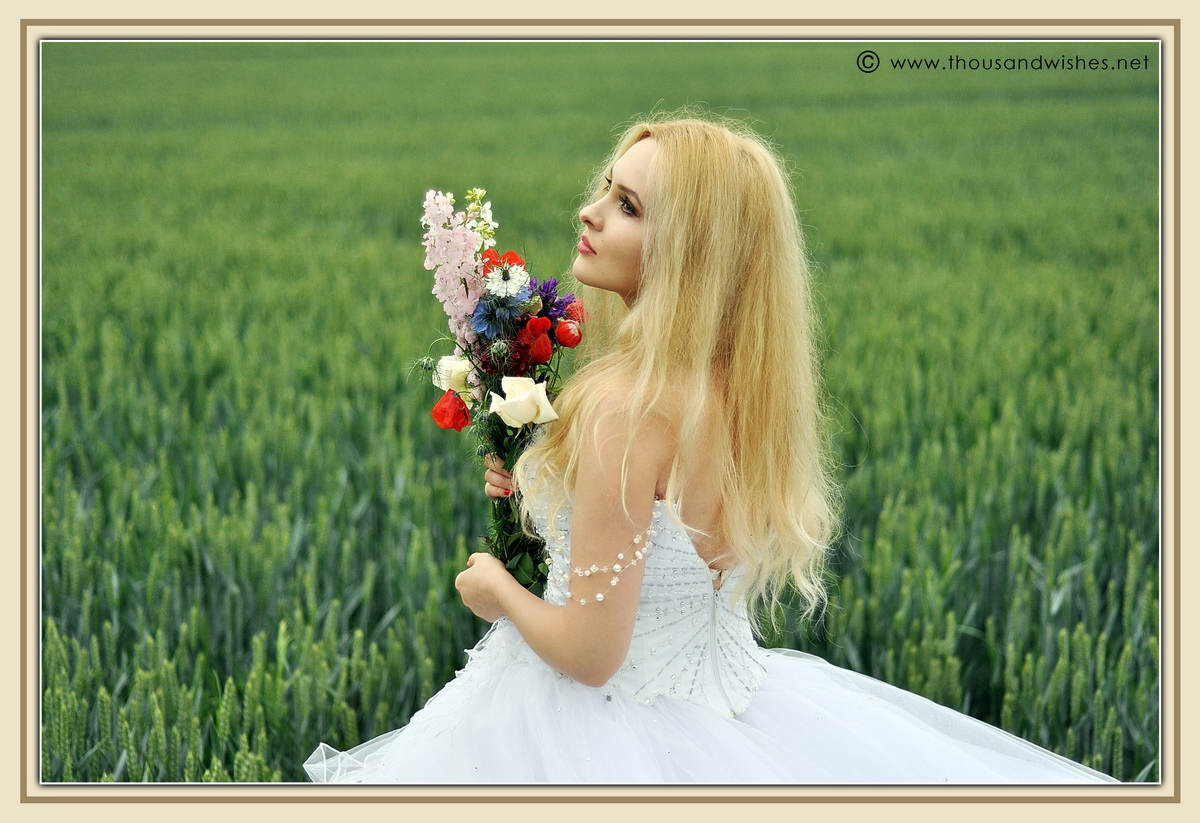 26_wedding_field