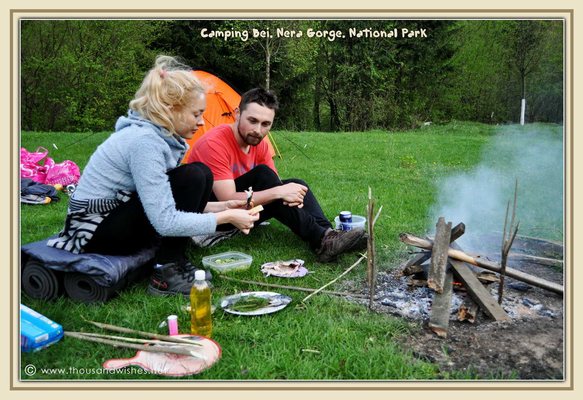 41_preparing_fish_trout_camping_bei_nera_gorge_romania