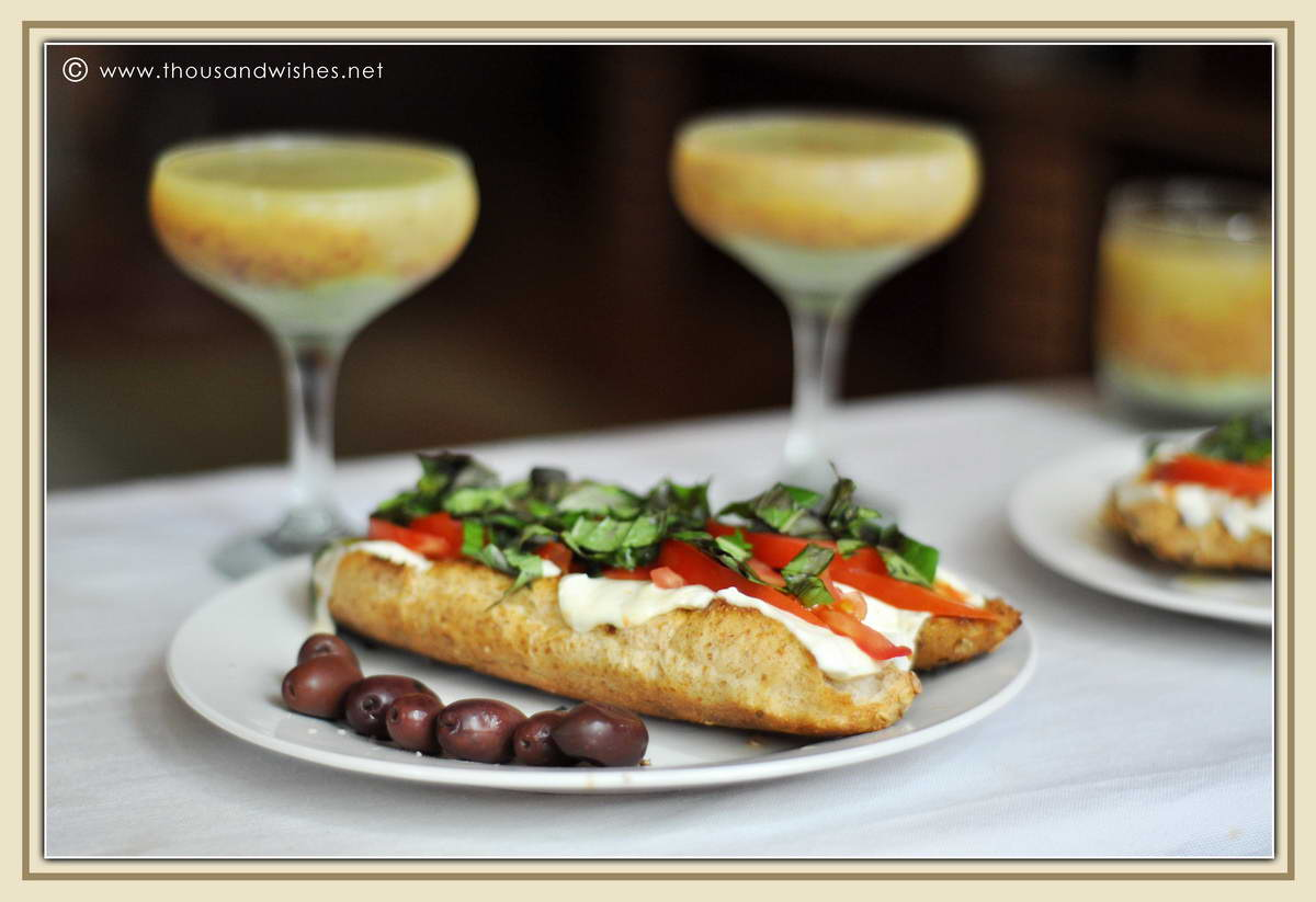 01_basil_mozzarella_tomatoe_sandwich