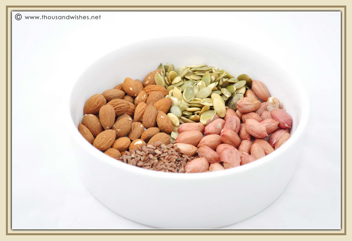03_good_fats_nuts_seeds_monounsaturated_polyunsaturated_MUFA