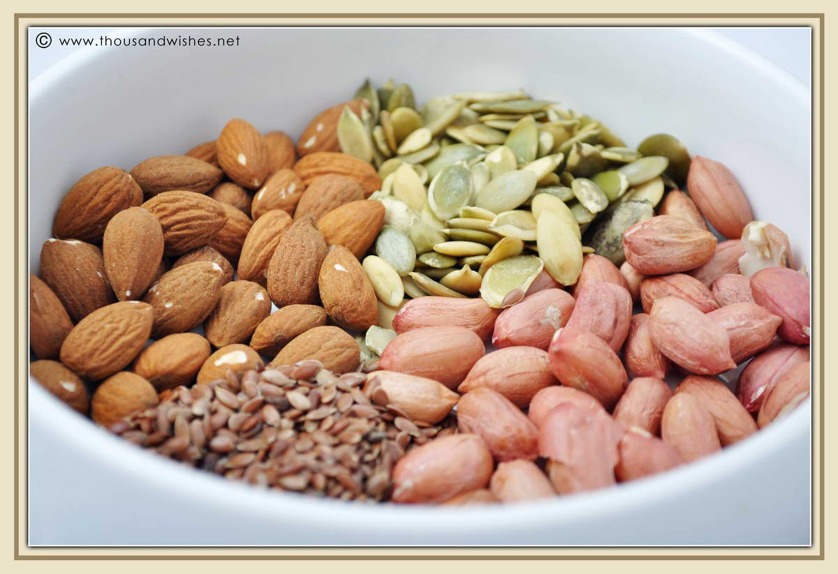04_good_fats_nuts_seeds_monounsaturated_polyunsaturated_MUFA