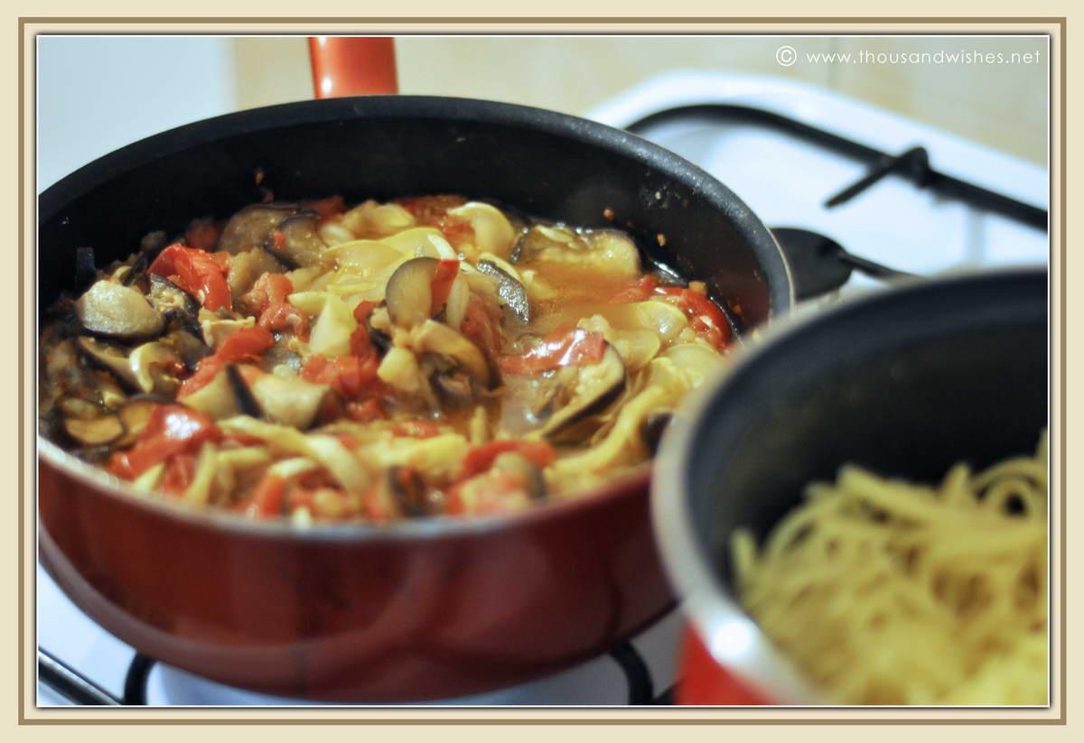 07_eggplant_zucchini_tomato_basil_parmesan_spatzle_pasta