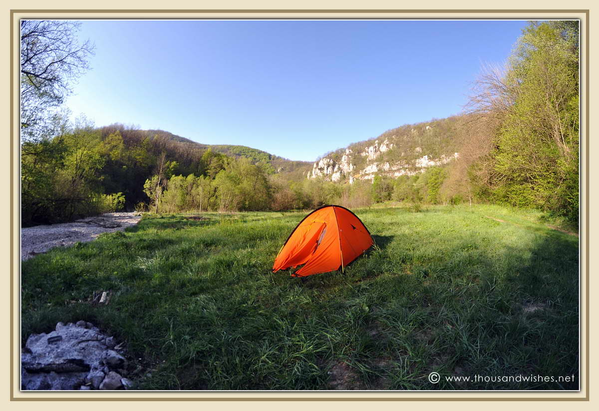 01_camping_near_cantonul_damian_neras_gorges