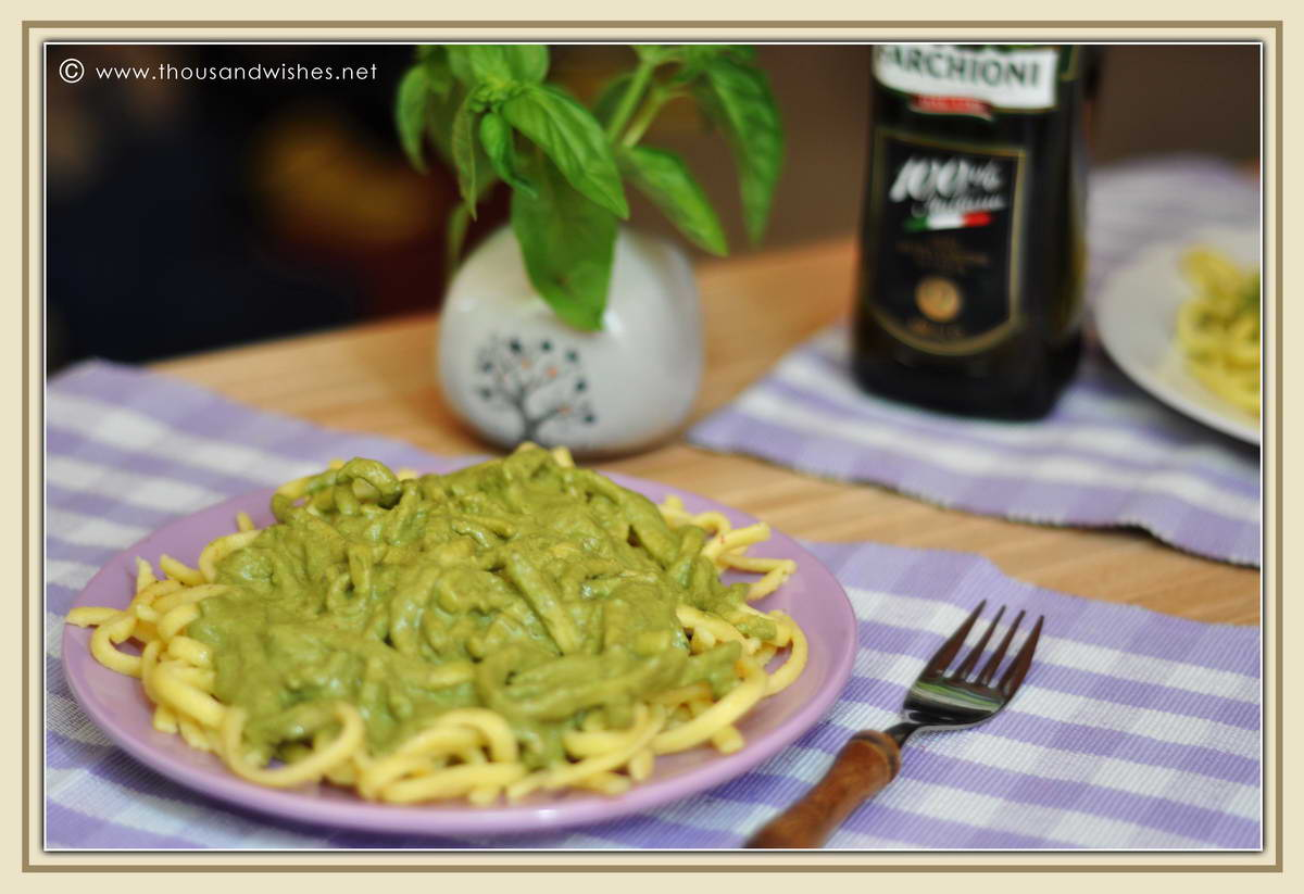06_pasta_pesto_sauce