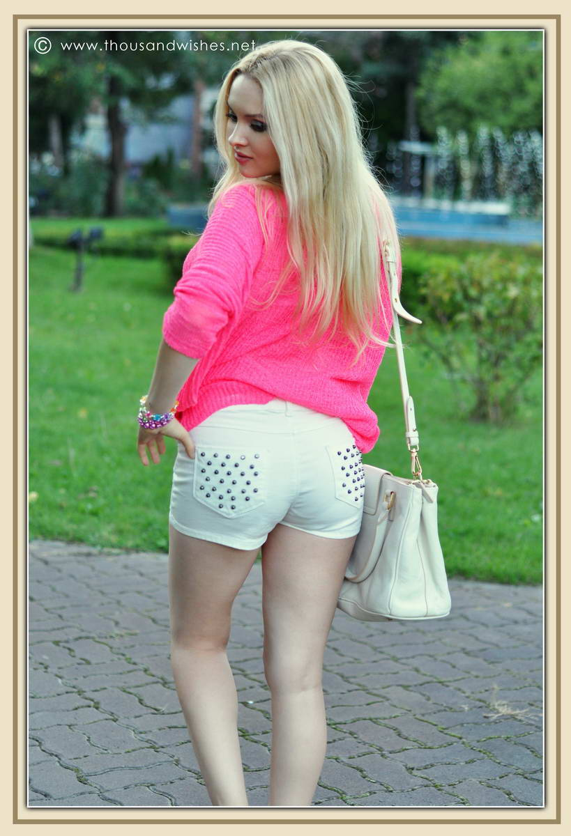 03_pink_knit_zara_white_jeans_shorts