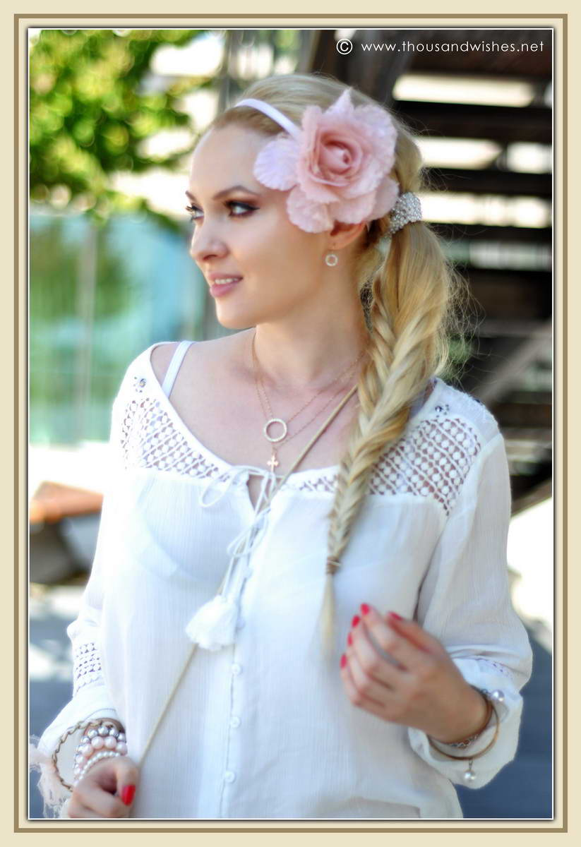 04_ie_crochet_shorts_flower_accessory_fishtail_braid