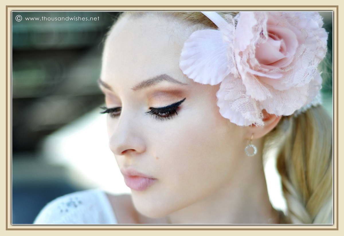 06_earth_tones_makeup_nude_lips_flower_accessory