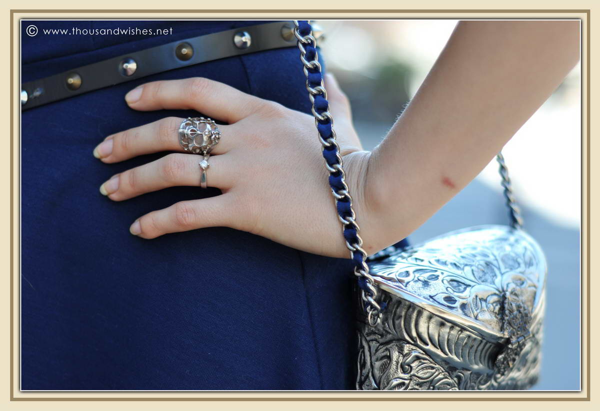 06_silver_vintage_bag_skull_ring