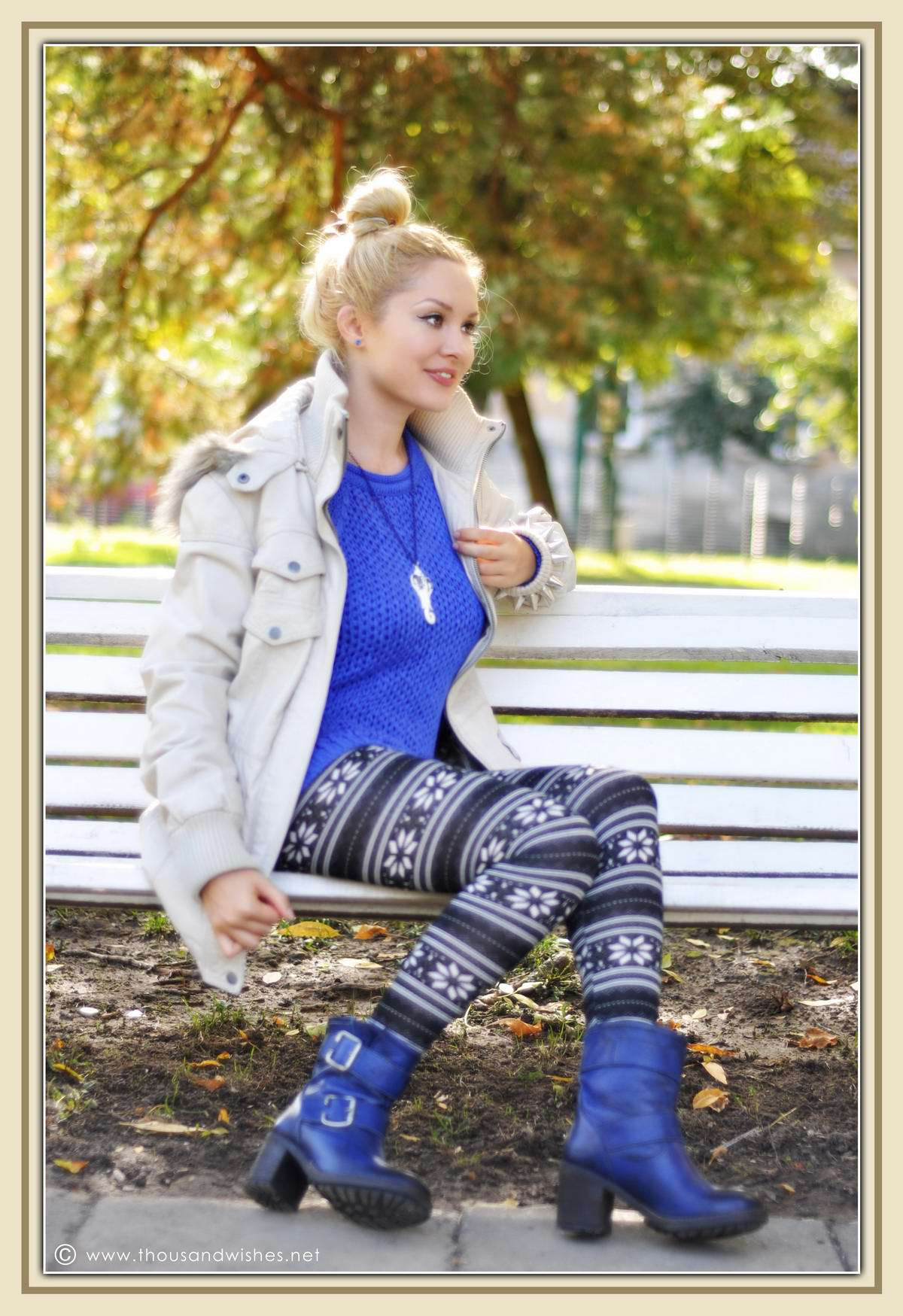 02_blue_knit_boots
