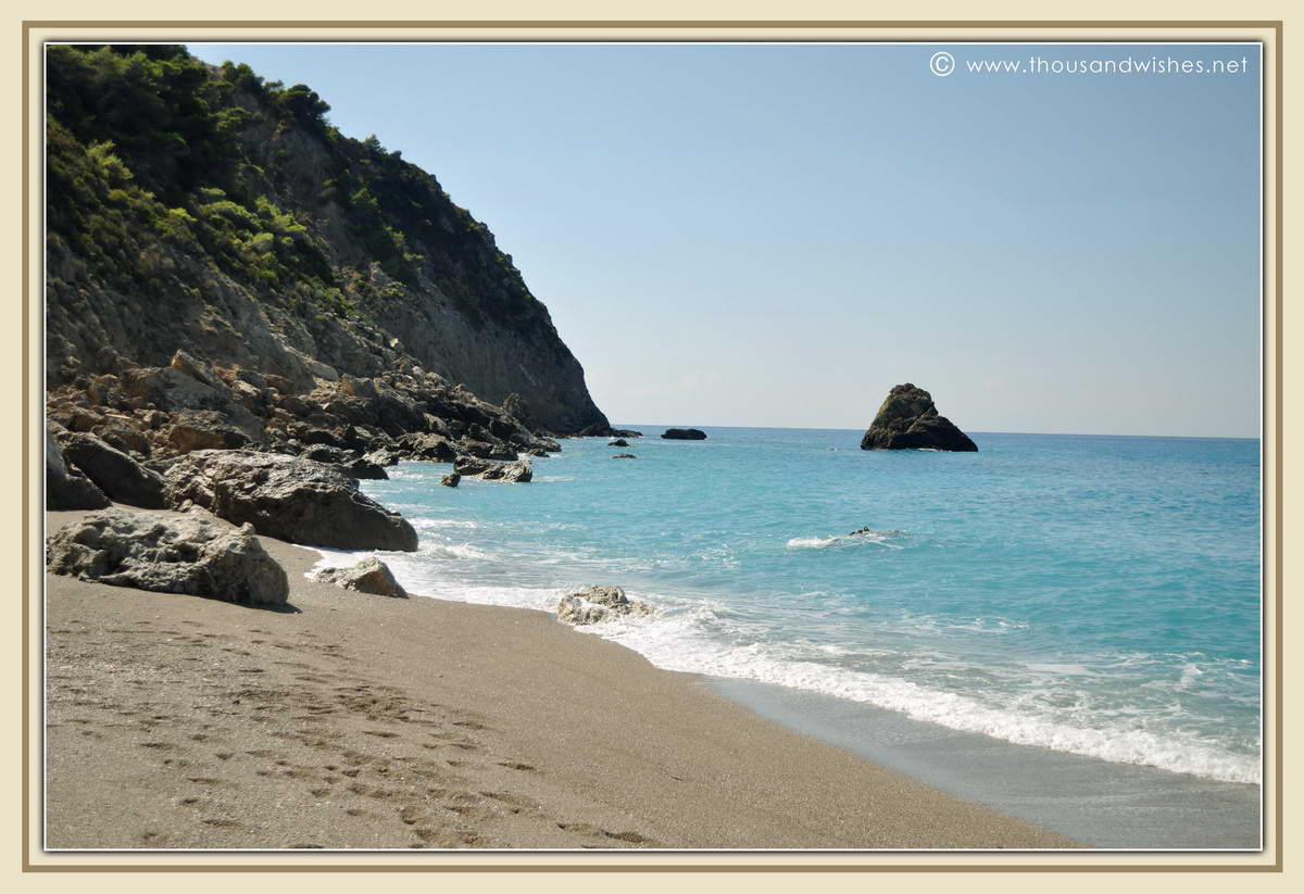 07_lefkada_greece_gialos_beach
