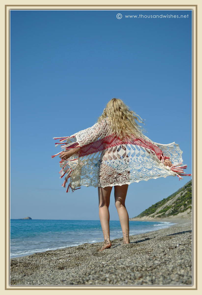 15_lefkada_greece_gialos_beach_crochet_cardigan