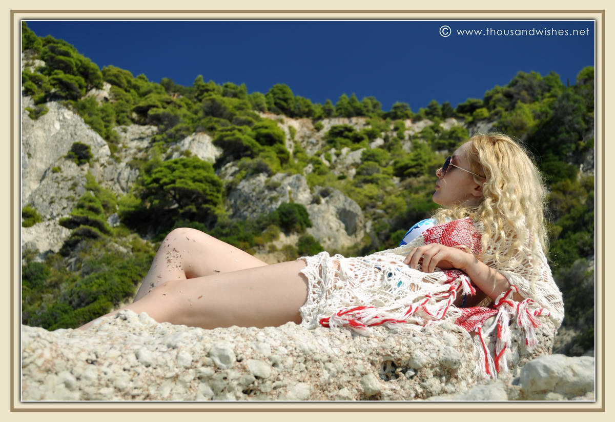 16_lefkada_greece_gialos_beach_crochet_cardigan