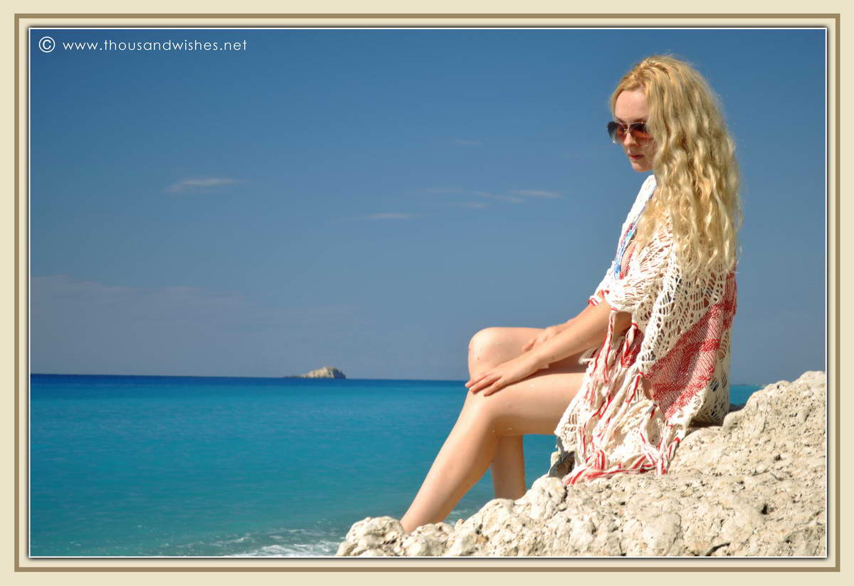 17_lefkada_greece_gialos_beach_crochet_cardigan