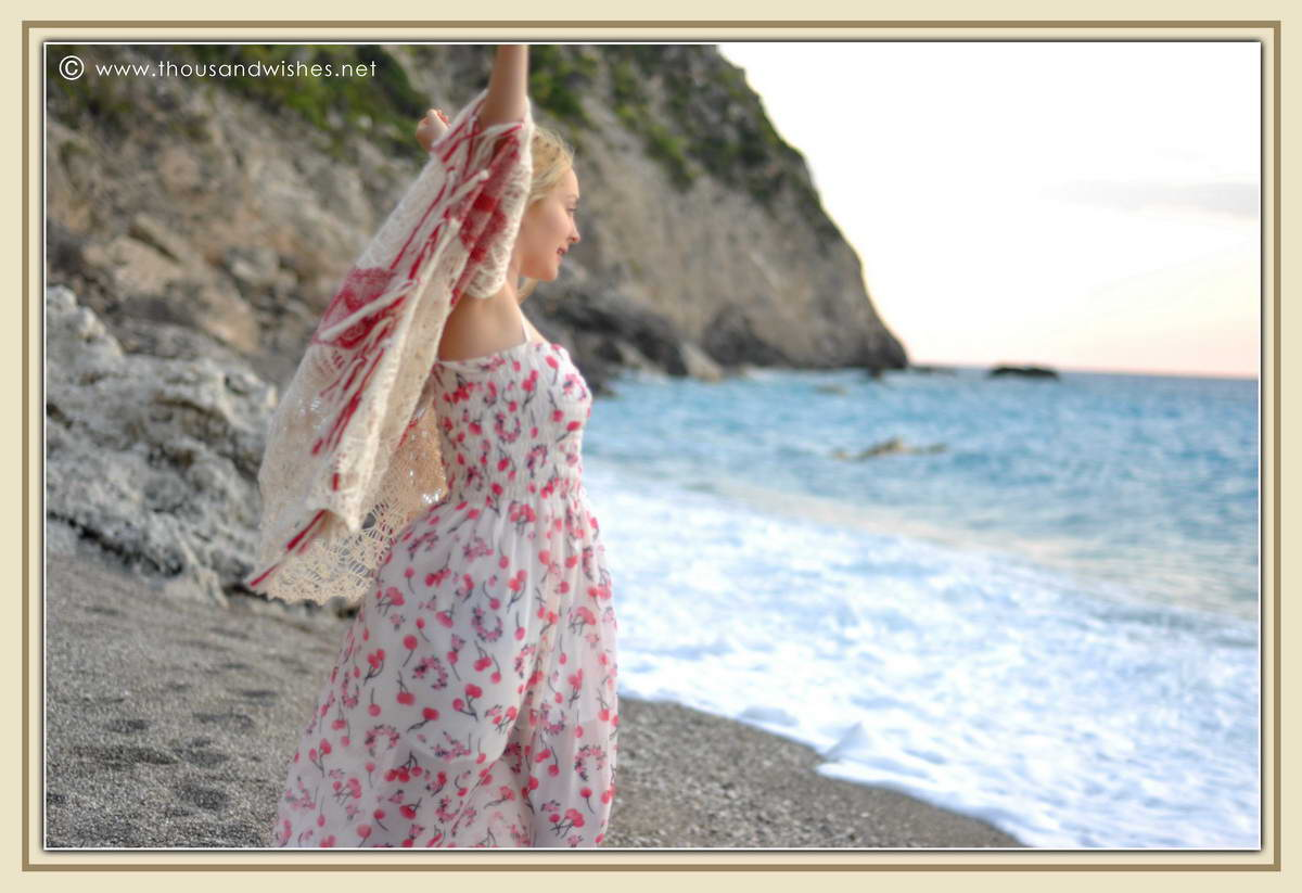 21_lefkada_greece_gialos_beach_crochet_cardigan