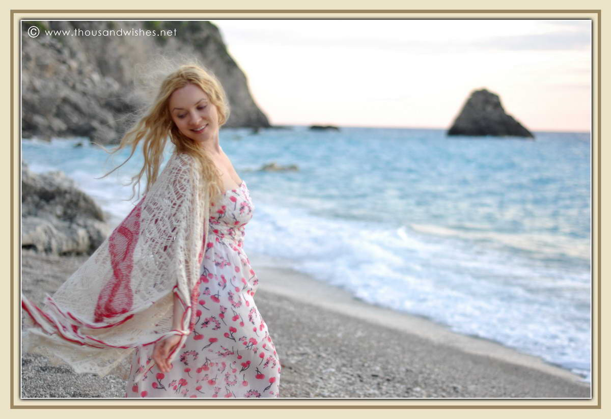 23_lefkada_greece_gialos_beach_crochet_cardigan