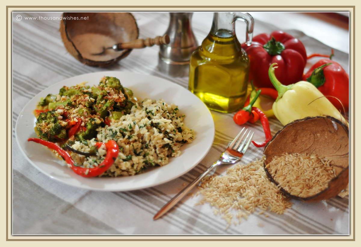 10_whole_rice_broccoli_peppers_peanuts_sesame