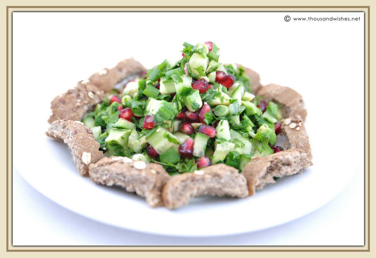 01_parsley_cucumber_avocado_pomegranate_salad