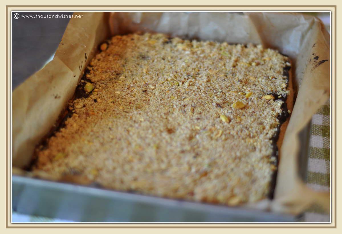 01_raspberry_pistachio_chocolate_tartlets