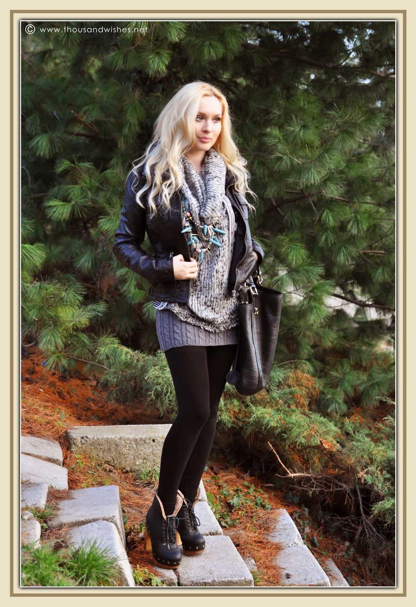 01_short_knit_skirt_black_leather_jacket