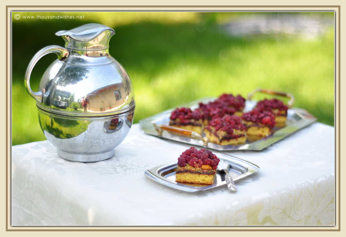 Raspberry, chocolate and pistachio tartlets - Thousand Wishes