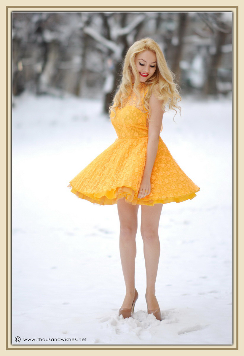 01_yellow_lace_prom_party_dress