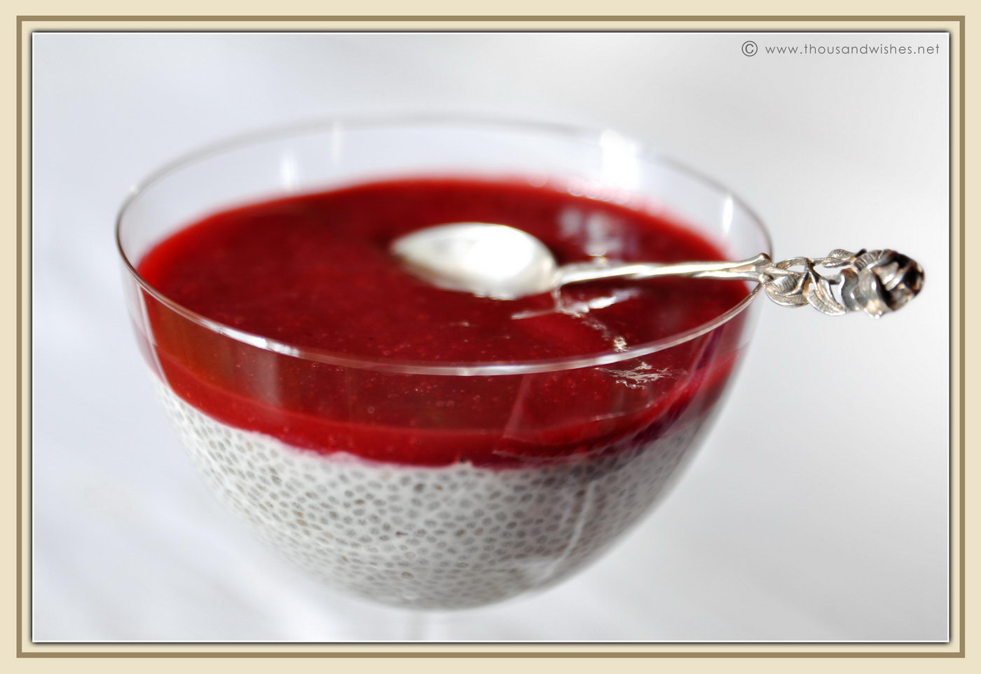 03_chia_seeds_pudding_raspberry_jam