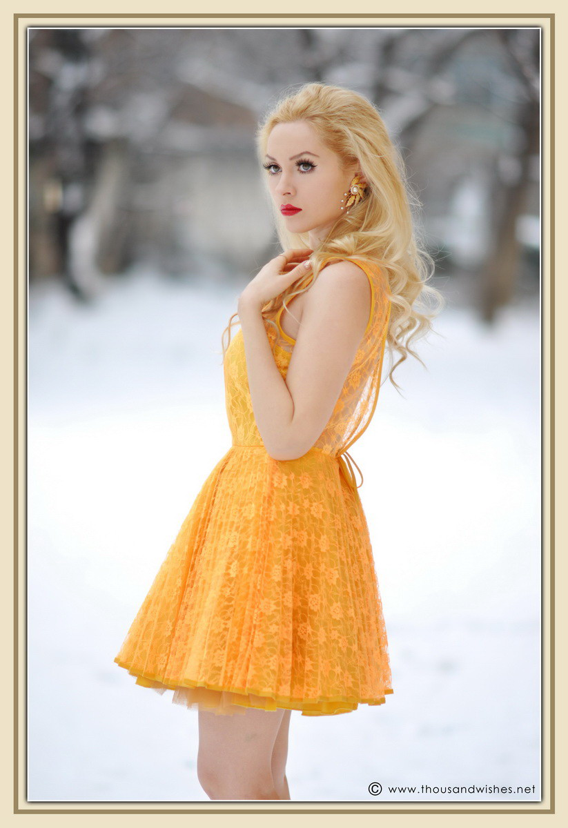 03_yellow_lace_prom_party_dress