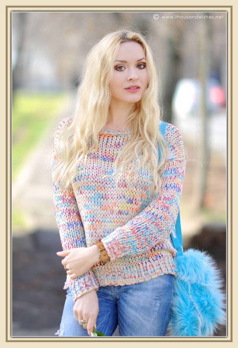 06_colorful_knit_fluffy_blue_bag