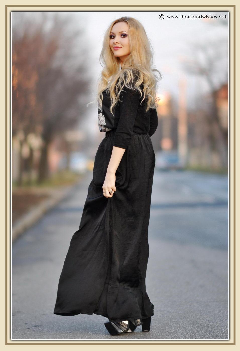 08_glossy_black_bag_skirt
