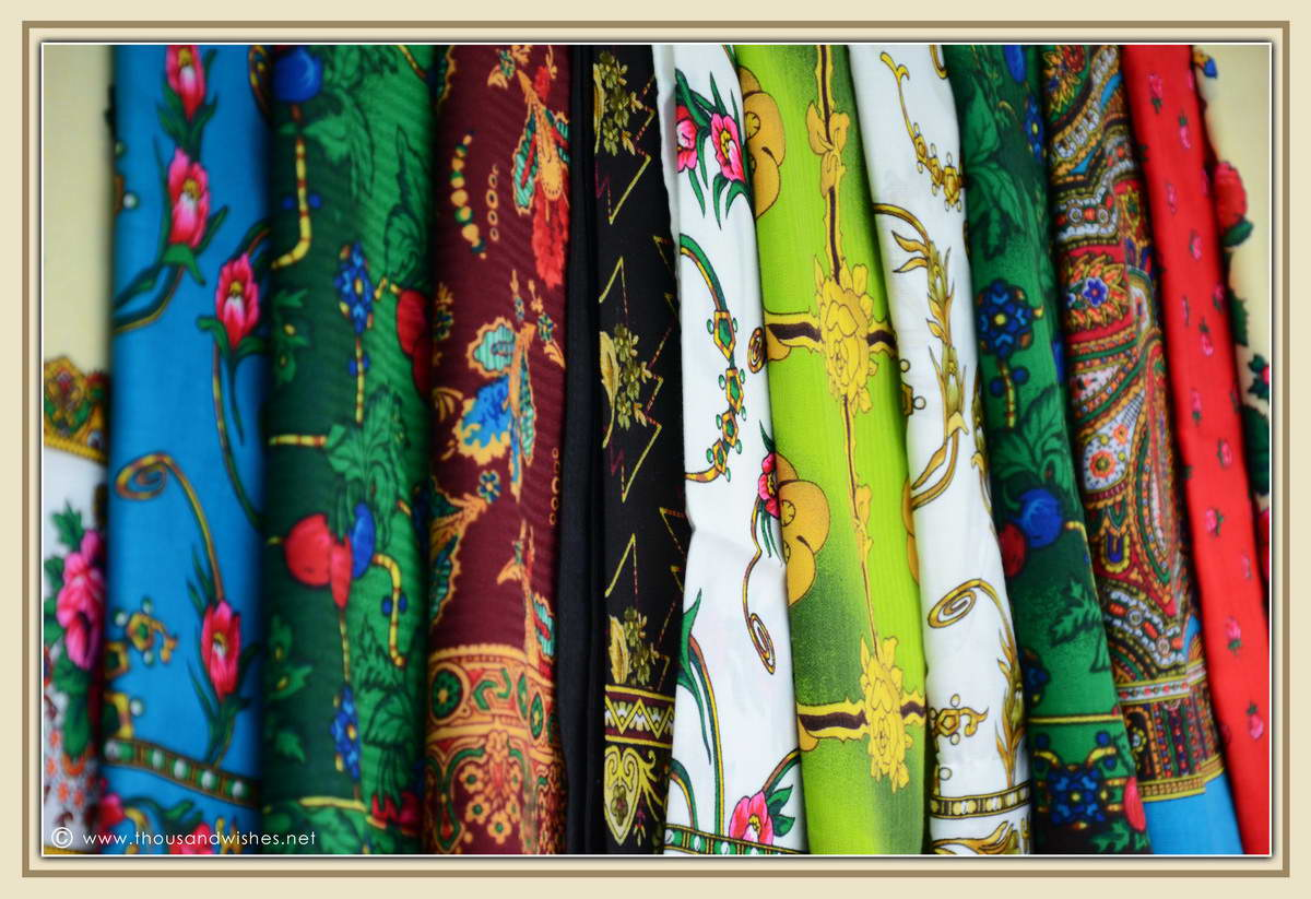 08_traditional_scarves_maramures_romania