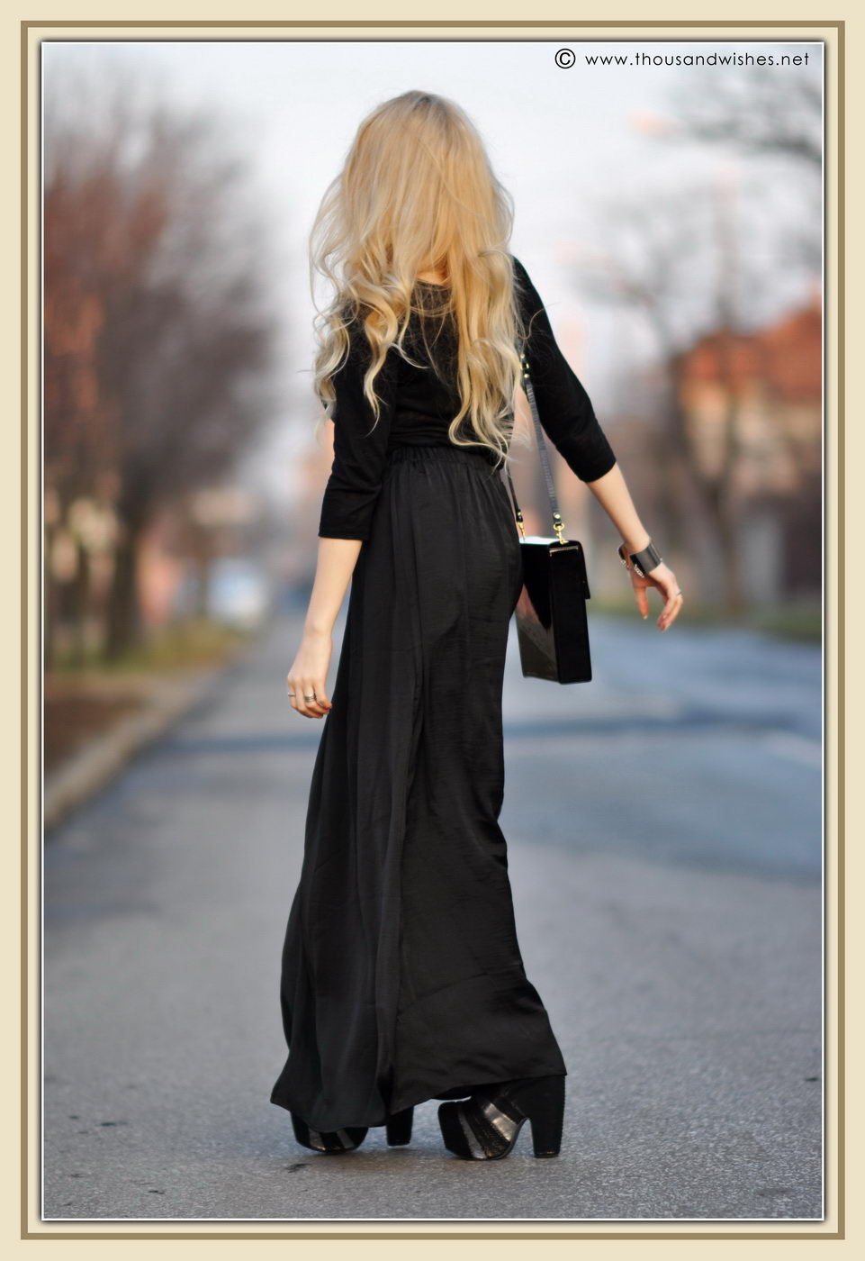 09_glossy_black_bag_skirt