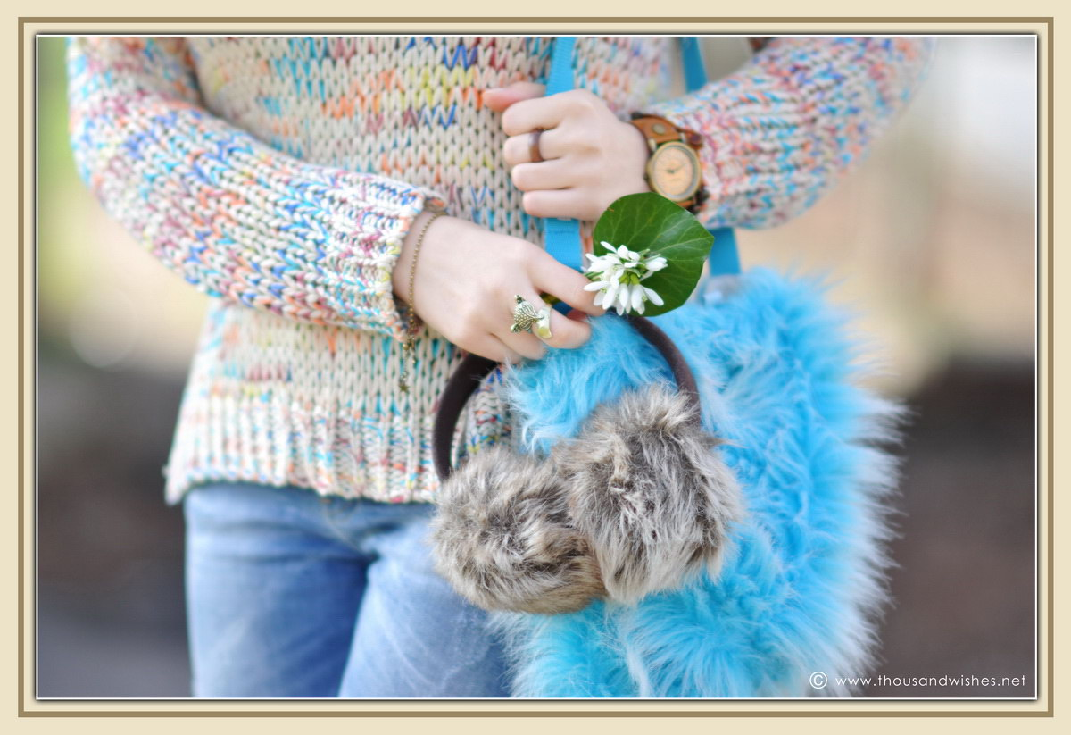 10_colorful_knit_fluffy_blue_bag_jeans