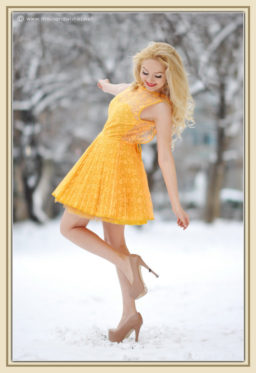 14_yellow_lace_prom_party_dress